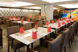 Centre-Hotel-Bangkok-Thailand-Restaurant.jpg