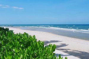 Cha-Am-Beach-Phetchaburi-Thailand-06.jpg