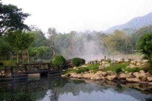 Chae-Son-National-Park-Lampang-Thailand-004.jpg