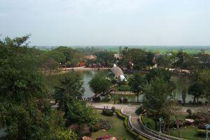 Chainat-Bird-Park-Thailand-002.jpg