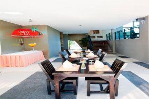 Chalay-Monta-Resort-Hua-Hin-Thailand-Bar.jpg