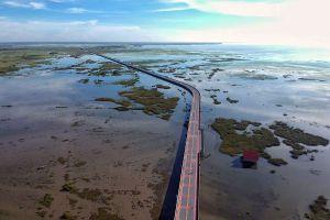 Chalerm-Phra-Kiat-Bridge-Phatthalung-Thailand-02.jpg