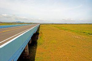 Chalerm-Phra-Kiat-Bridge-Phatthalung-Thailand-03.jpg