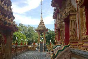 Chalong-Temple-Phuket-Thailand-001.jpg