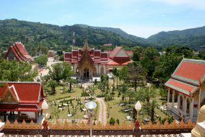 Chalong-Temple-Phuket-Thailand-003.jpg