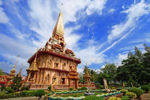 Chalong-Temple-Phuket-Thailand-005.jpg