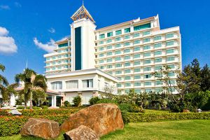 Champasak-Grand-Hotel-Pakse-Laos-Overview.jpg
