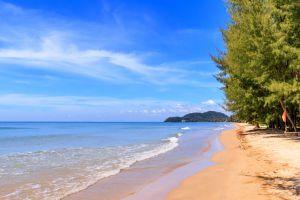 Chao-Lao-Beach-Chanthaburi-Thailand-02.jpg