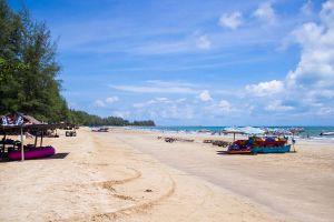 Chao-Lao-Beach-Chanthaburi-Thailand-03.jpg