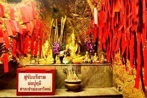 Chao-Pho-Khao-Yai-Shrine-Chonburi-Thailand-01.jpg