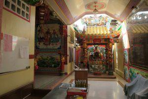 Chao-Pho-Mae-Klong-Shrine-Samut-Songkhram-Thailand-01.jpg