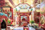 Chao-Pho-Mae-Klong-Shrine-Samut-Songkhram-Thailand-05.jpg