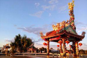 Chao-Pu-Ya-Shrine-Udonthani-Thailand-05.jpg