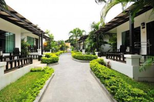 Chaweng-Cove-Beach-Resort-Samui-Thailand-Exterior.jpg