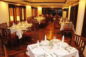 Cheathata-Angkor-Hotel-Siem-Reap-Cambodia-Restaurant.jpg
