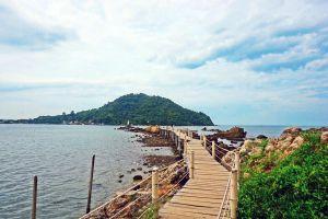 Chedi-Klang-Nam-Viewpoint-Baan-Hua-Laem-Chanthaburi-Thailand-03.jpg
