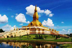 Chedi-Maha-Mongkol-Bua-Roi-Et-Thailand-02.jpg