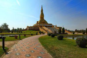Chedi-Maha-Mongkol-Bua-Roi-Et-Thailand-05.jpg