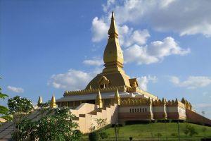 Chedi-Maha-Mongkol-Bua-Roi-Et-Thailand-06.jpg