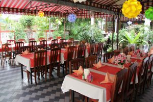 Chez-Andy-Korat-Restaurant-Nakhon-Ratchasima-Thailand-001.jpg