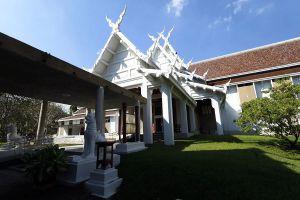 Chiang-Mai-National-Museum-Thailand-02.jpg