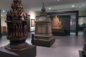 Chiang-Mai-National-Museum-Thailand-06.jpg