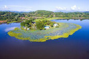Chiang-Saen-Lake-Chiang-Rai-Thailand-02.jpg