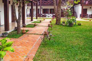 Chitchareune-Muangluang-Hotel-Luang-Prabang-Laos-Exterior.jpg