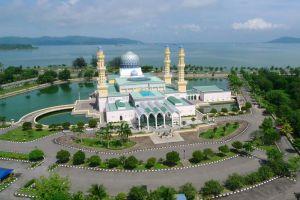 City-Mosque-Kota-Kinabalu-Sabah-Malaysia-002.jpg