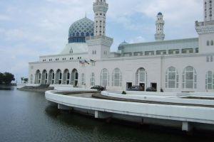 City-Mosque-Kota-Kinabalu-Sabah-Malaysia-003.jpg