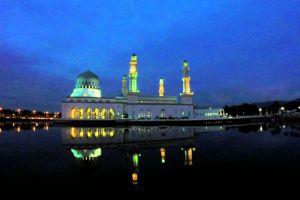 City-Mosque-Kota-Kinabalu-Sabah-Malaysia-004.jpg