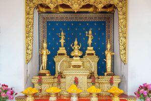 City-Pillar-Shrine-Bangkok-Thailand-04.jpg