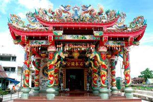 City-Pillar-Shrine-San-Lak-Muang-Suphan-Buri-Thailand-04.jpg