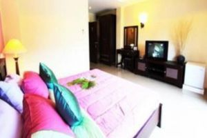 Coco-Nori-at-Sea-Hotel-Krabi-Thailand-Living-Room.jpg