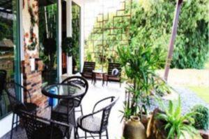 Coco-Nori-at-Sea-Hotel-Krabi-Thailand-Terrace.jpg