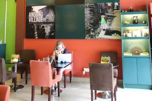 Common-Grounds-Coffee-Cyber-Cafe-Siem-Reap-Cambodia-02.jpg