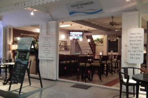 Cool-Breeze-Cafe-Bar-Hua-Hin-Thailand-006.jpg