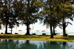 Costa-Hotel-Lanta-Thailand-Pool.jpg