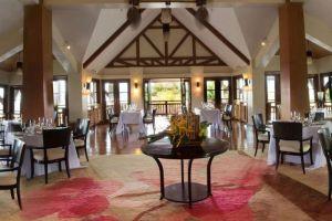 Crimson-Resort-Spa-Mactan-Cebu-Philipinnes-Restaurant.jpg