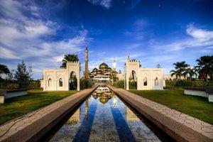 Crystal-Mosque-Terengganu-Malaysia-005.jpg