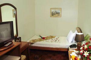 Crystal-Palace-Hotel-Yangon-Myanmar-Room.jpg
