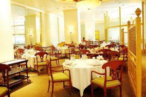 Daewoo-Hotel-Hanoi-Vietnam-Restaurant.jpg