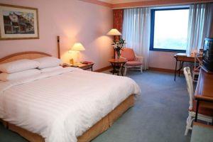 Daewoo-Hotel-Hanoi-Vietnam-Room.jpg