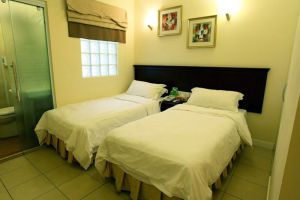 De-Galleria-Hotel-Kota-Kinabalu-Room.jpg