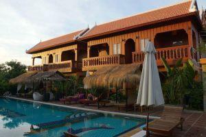 Delux-Villa-Battambang-Cambodia-Exterior.jpg