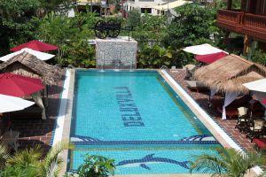 Delux-Villa-Battambang-Cambodia-Pool.jpg