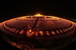 Dhammakaya-Temple-Pathumthani-Thailand-04.jpg