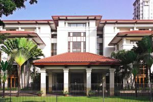 Dharmawangsa-Hotel-Jakarta-Indonesia-Exterior.jpg