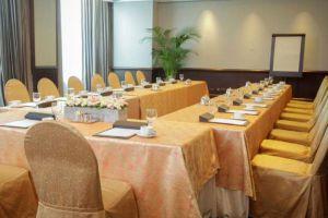 Diamond-Hotel-Manila-Philippines-Meeting-Room.jpg