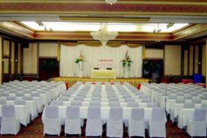Diamond-Plaza-Hotel-Hat-Yai-Thailand-Meeting-Room.jpg